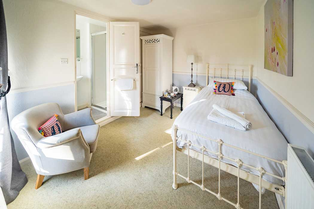 Light and airy single room at the Woodlands Hotel in Sidmouth